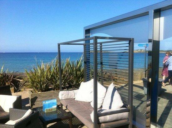 The Beach House: Sea View 1