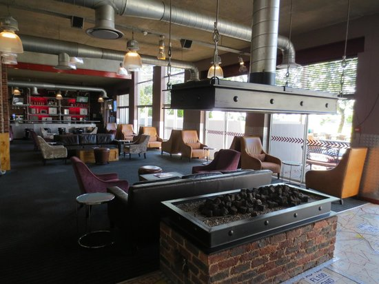 Protea Hotel by Marriott OR Tambo Airport: Lounge