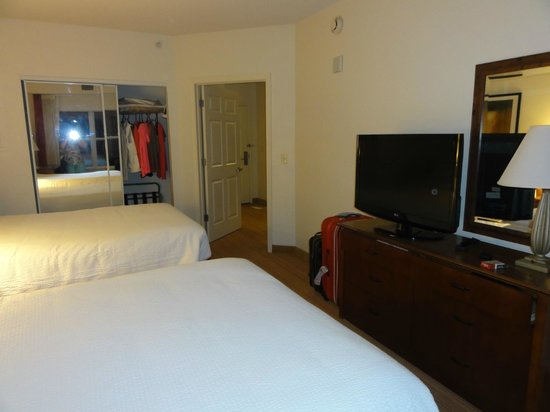 Residence Inn Orlando at SeaWorld : habietacion super amplia