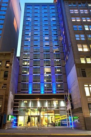 Holiday Inn Express Manhattan Times Square South: Ingresso principale