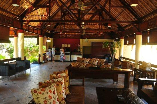 Mutiara Bali Boutique Resort & Villas: Lobby