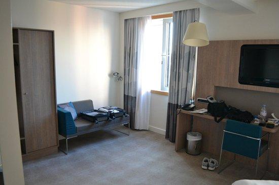 Novotel Brussels City Centre : Large room