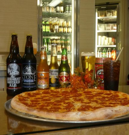 Baldwin Park Pizza Company: 14 Beer taps & bottle selections too