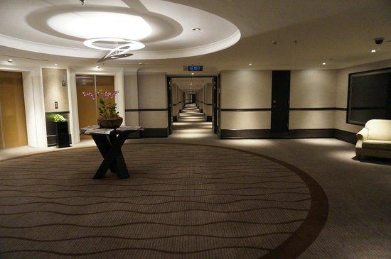 Sama-Sama Hotel KL International Airport: outside the lift 7th floor