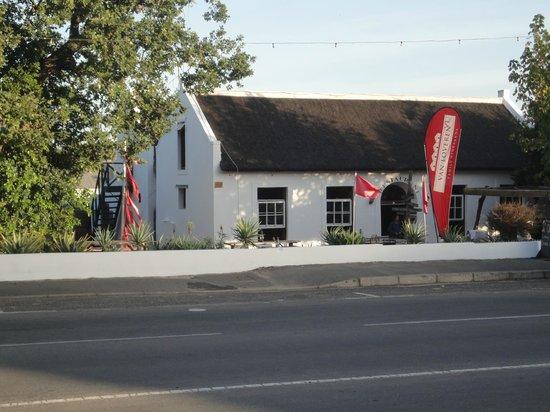 De Vagebond Restaurant: Restaurant mit Außenterrasse