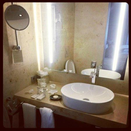 Waldhotel Stuttgart: badezimmer