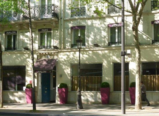 Entr 233 E De L H 244 Tel Picture Of Avalon Hotel Paris Paris