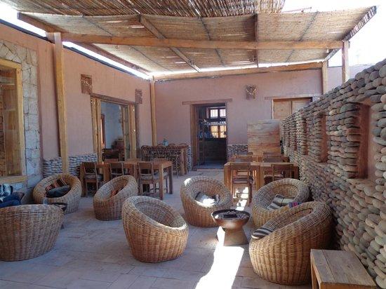 Lodge Andino Terrantai : Espacio para descanso. Fresco en las horas de calor. y aclimatado con fogones en la noche