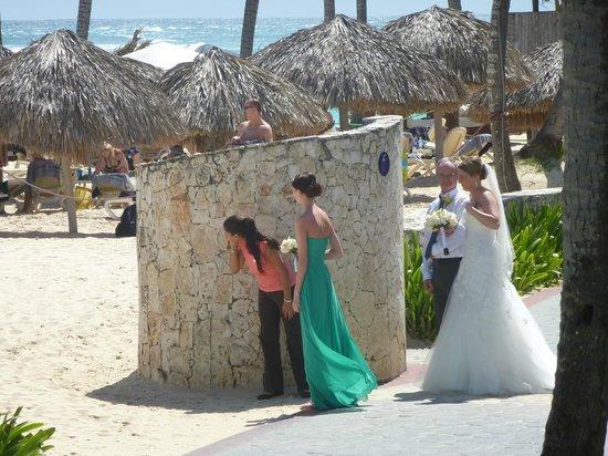 Majestic Colonial Punta Cana: Au moins 3 mariages par jour ! Vive la mariée !