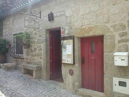 Petiscos E Granitos: Entrada Restaurante