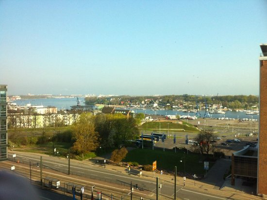 Radisson Blu Hotel, Rostock: Blick aus dem Zimmer