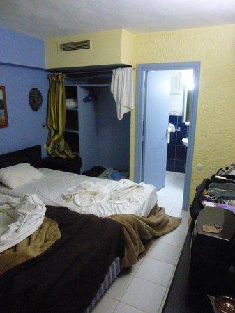 Hotel Ouarzazate Le Riad : Basic (ally) dirty