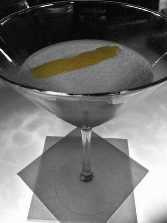Hotel ICON, Autograph Collection: The Lemon Drop Martini