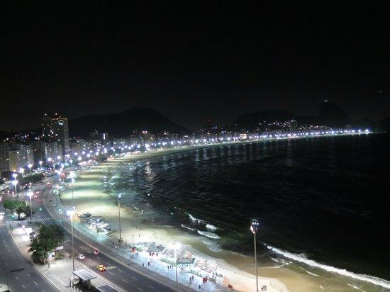 Orla Copacabana Hotel: nightview