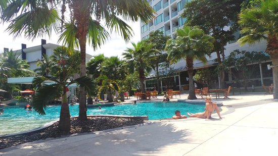 Amari Garden Pattaya: One of the pools