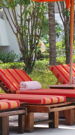 Amari Garden Pattaya: Sunbeds