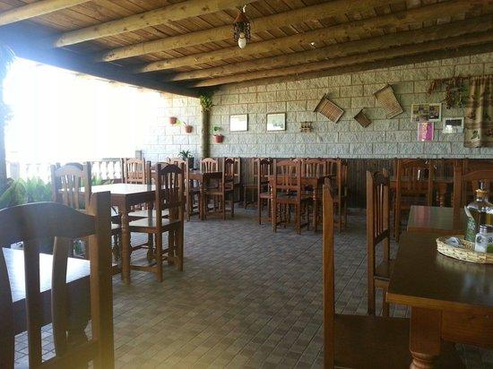 Foto de restaurante el recreo el castillo de las guardas for Terrazas traseras