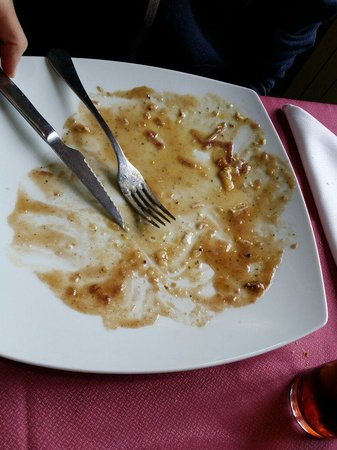Los Candiles: Era un plato de huevos rotos, estaba buenísimo, he aquí la prueba