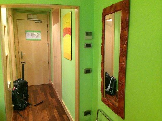 Abitart Hotel: Vibrant colors