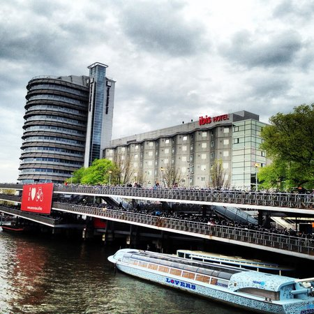 Ibis Amsterdam Centre : Our hotel