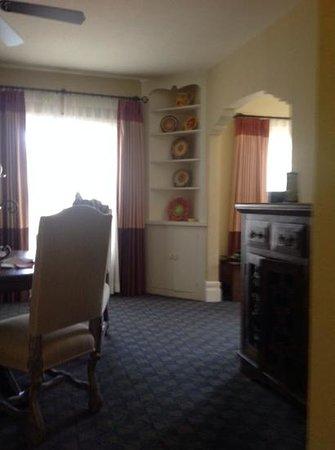 El Cordova Hotel : dining area