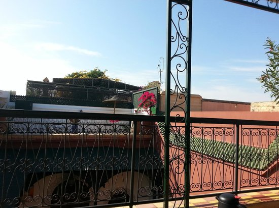 Riad Dar Tamlil : View from the roof terrace