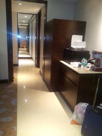 Courtyard by Marriott Pune Chakan: Passage