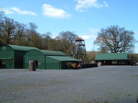 Dolaucothi Gold Mines: Views of the buildings  at the mine