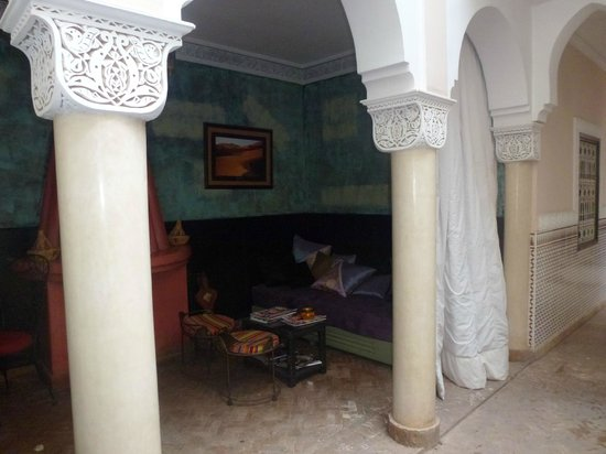 Riad Villa Harmonie: Salon