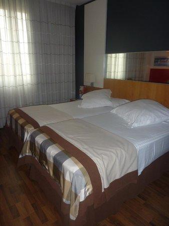 Hotel SB Icaria Barcelona : La literie