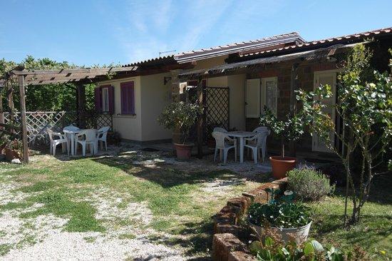 Bed & Breakfast Menica Marta Country House: Esterno dei mini appartamenti