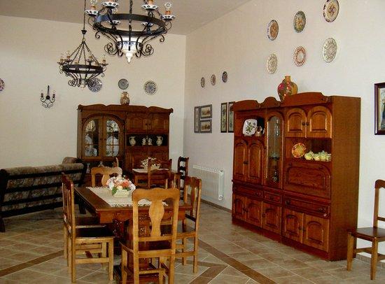 Casa Rural La Cuesta del Rio: Comedor casona