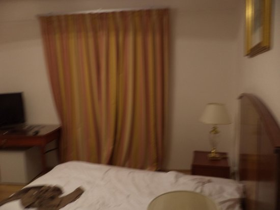 Hotel King George: the bedroom