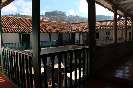 Casa Andina Private Collection Cusco : The view from our front door into the hotel's courtyard