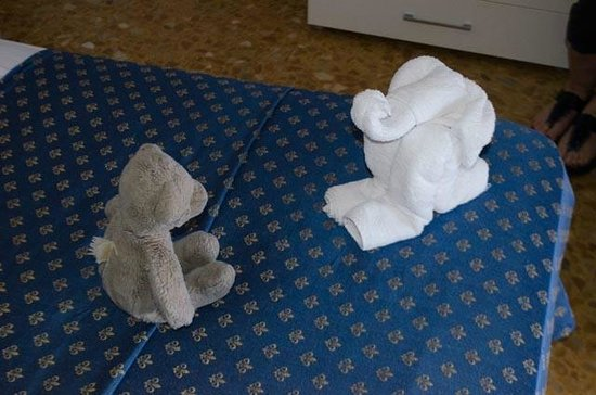 B&B Les Chic: Friend for teddy - nice touch