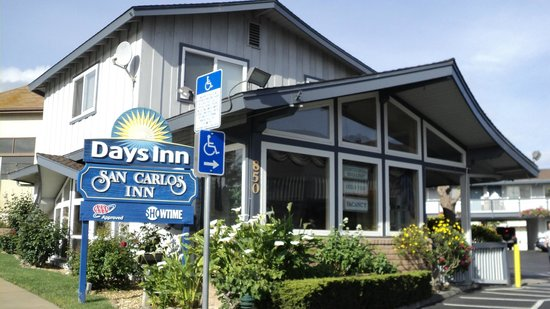Days Inn Monterey Downtown: Recepção