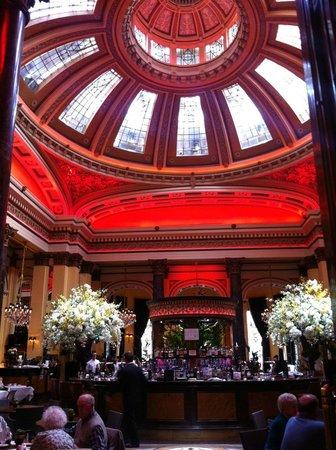 The Dome: Beautiful interior