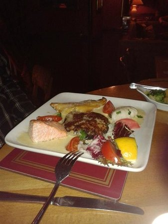 Stuart House Hotel : Three fish special - 15.95 - nicely done (smoked fish was excellent)