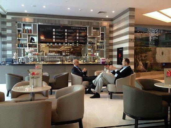 Radisson Blu Hotel, Istanbul Sisli : cafe
