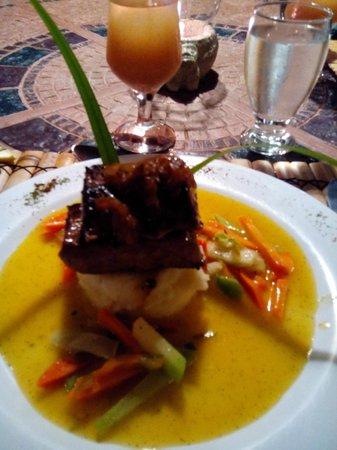 Ylang Ylang Restaurant : steak