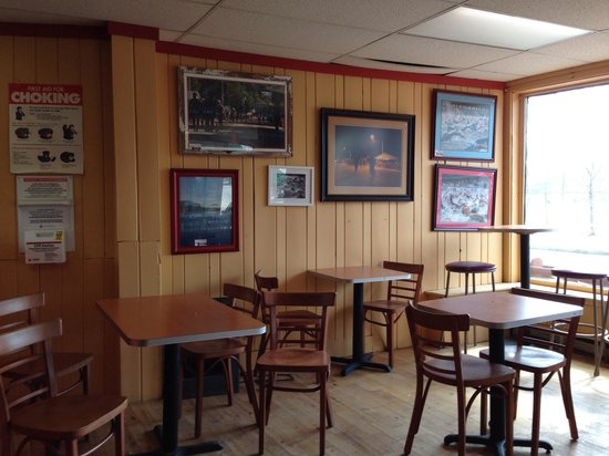 Main Street Pizza and Pasta : Dining Room