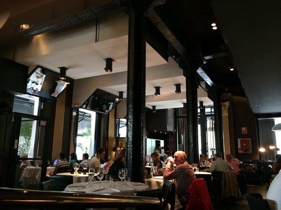 Balthazar: Interior restaurante