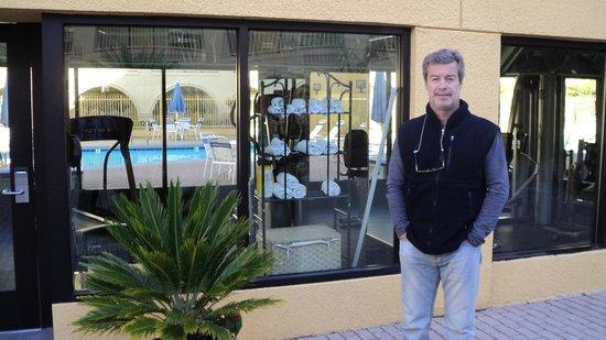 La Quinta Inn & Suites San Francisco Airport West: Academia e piscina