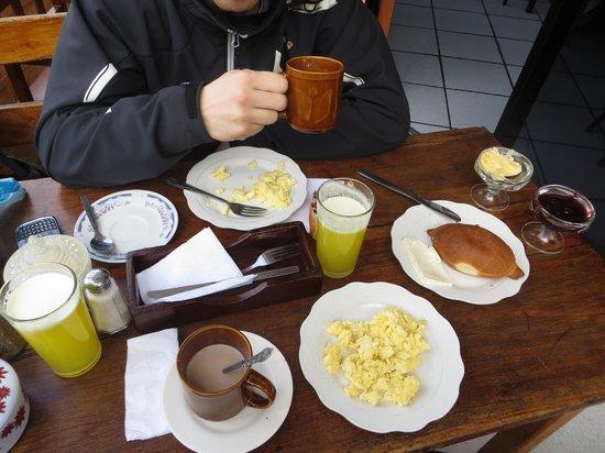 Hostel Erupcion: el delicioso desayuno