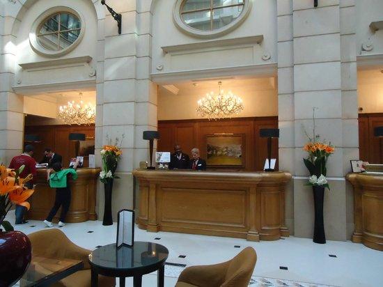 Paris Marriott Champs Elysees Hotel : Мариот отель