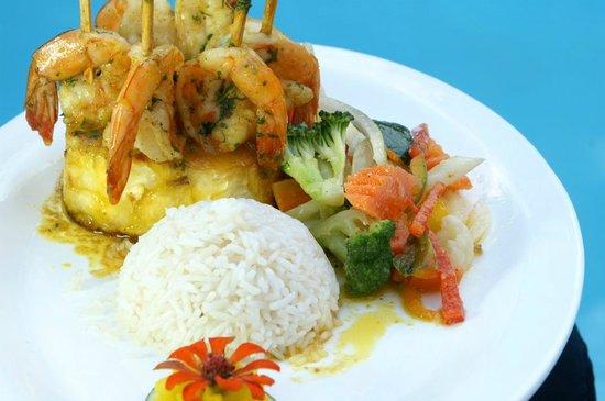 Restaurante El Rancho en Hotel Villas Río Mar: Camarones