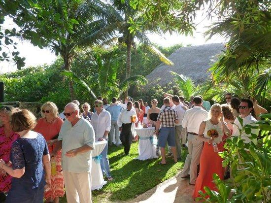 Hacienda del Secreto: Cenote area for pre-wedding gathering