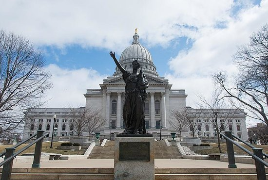 Wisconsin State Capitol: Exterior