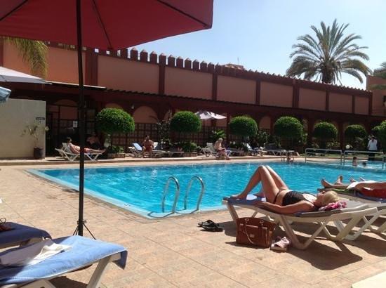 Diwane Hotel: pool area