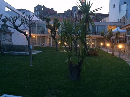Vitoria Village: jardin